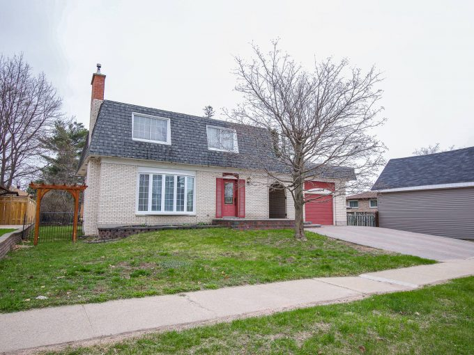 330 Aubrey St, North Bay Real Estate